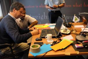 Knowledge harvesting and sharing through a writeshop process